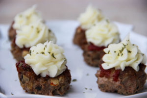 Italian Meatloaf Cupcakes with Garlic Potato Icing {Whole30} {Paleo}